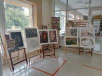 Выставка творчества «Все для фронта! Все для победы!»